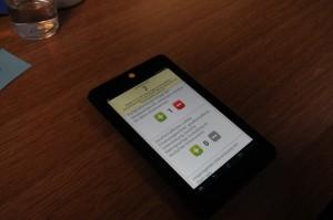 Die Teilnehmerinnen und Teilnehmer konnten mithilfe von Tablets die verschienden Aspekte nach eigenem Wunsch gewichten. © Stadt Bocholt